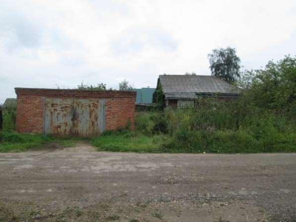 Продается земельный участок 32 сотки в деревне Кожухово, вблизи гор. Можайск, 96 км от МКАД по Минскому шоссе.