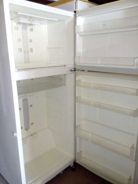 Продам широкий холодильник Дэу Б\У