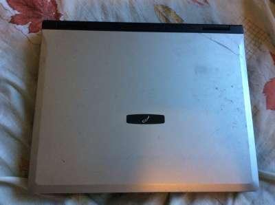 неисправный ноутбук RoverBook Explorer B571 WH
