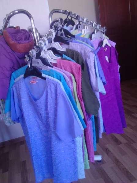 Продаем Женские блузки XL, XXL, XXXL разного цвета х/б