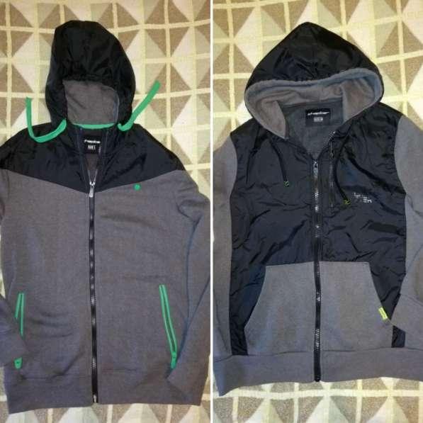 Спортивные куртки - ветровки - толстовки р. 48 обе на флисе