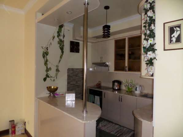 Уютная светлая квартира В Ереване;Новостройка,2 комнатная в фото 10