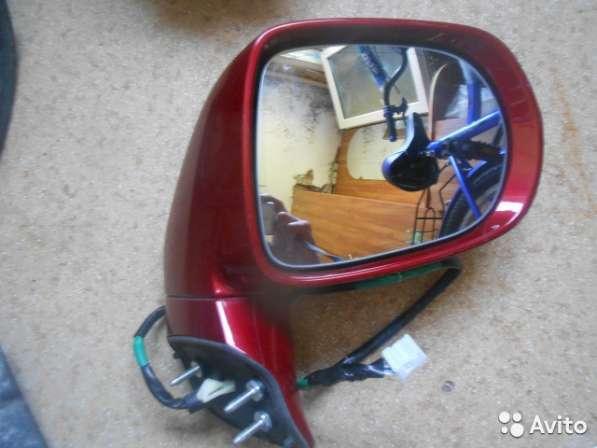 Зеркало боковое правое на Lexus RX270/350/450H 8791048590B1