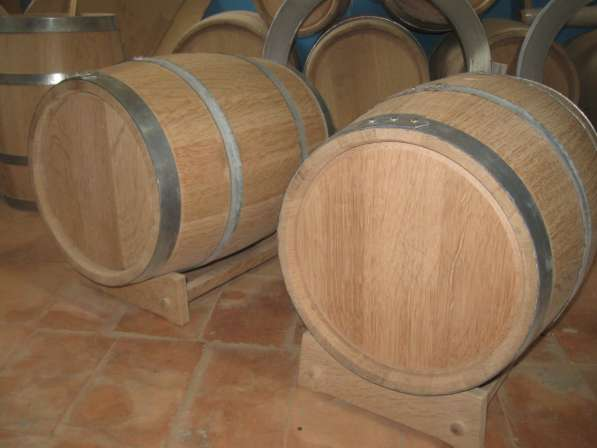 Бочки 10,15,20,30,50 литров для выдержки вина и дистиллята в Москве фото 7