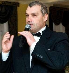 Ведущий-тамада Алексей+ вокал+ Ди джей+ саксафон