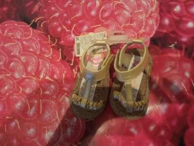 Пинетки новые и сандали белые