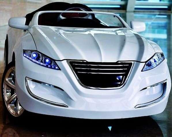 Электромобиль Henes M7 Premium