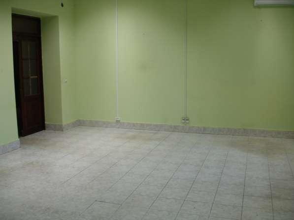 Аренда офиса у КАД на ул. Коммуны. 30 кв. м
