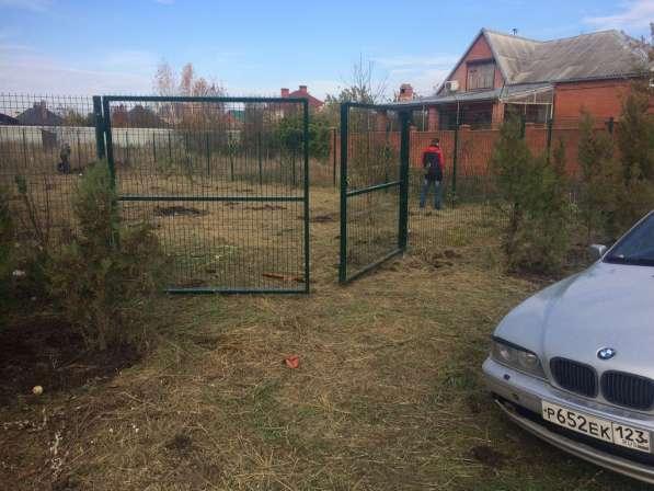 Ворота распашные из сварной 3Д сетки 2030х4000х4мм Выбор цвета по RAL
