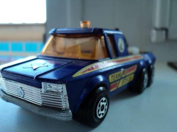 Масштабная модель автомобиля PICK- UP TRACK