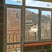 Великолепная квартира под само отделку, в Сочи
