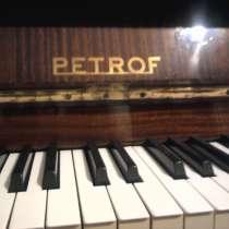 Пианино Petrof, в Симферополе