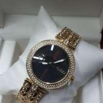 Часы женские от гучи кварцевые. Отличный подарок, в Москве