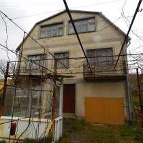Дом-дача общ. пл.165 м. кв. участок 30 соток в Трудовом, в Симферополе