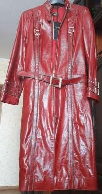 Пальто осеннее, новое, натуральная кожа, Турция бордовое, в Москве