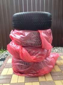 Продам зимние шины Goodyear Ultra Grip Ice+ 99Т XL, в Москве