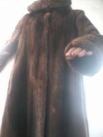 Продам норковую некрашеную шубу, размер 44-50, в г.Алматы