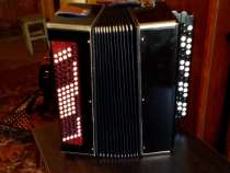Продаю музыкальный инструмент в хорошем состоянии, в Саратове