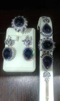 Роскошный комплект с сапфирами и бриллиантами, в Москве