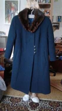 Продам пальто 48-50, в Москве
