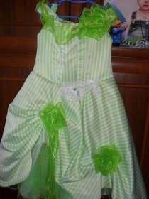 платье на девочку 4-5 лет, в Хабаровске