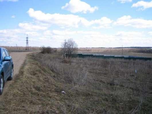 Земельный участок на берегу озера ИЖС