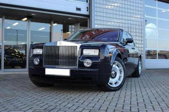 Аренда Rolls Royce Phantom чёрного и белого цвета для любых мероприятий.