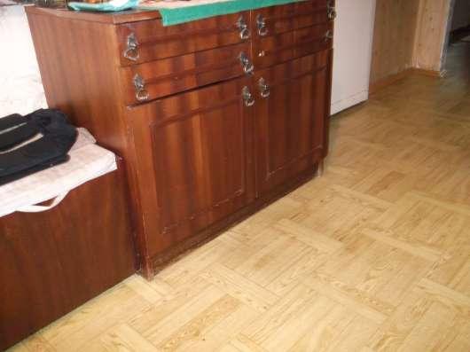 Спальный гарнитур б/у из 8-ми предметов
