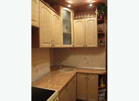 Надоел старый кухонный гарнитур? Не спешите заказывать новый в Новосибирске Фото 1