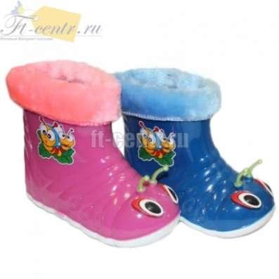 Замечательная резиновая обувь деткам