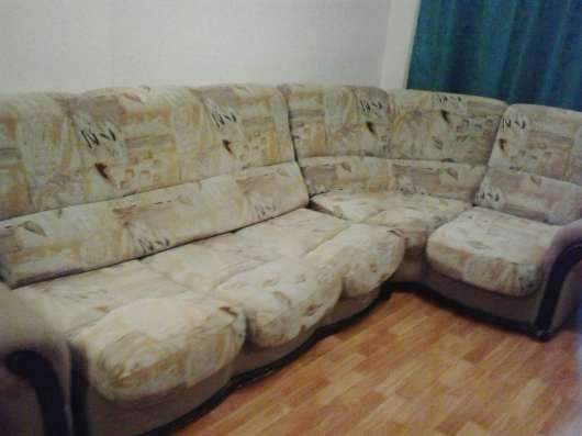 Продам диван- мягкий угол