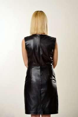 Платье кожаное классика