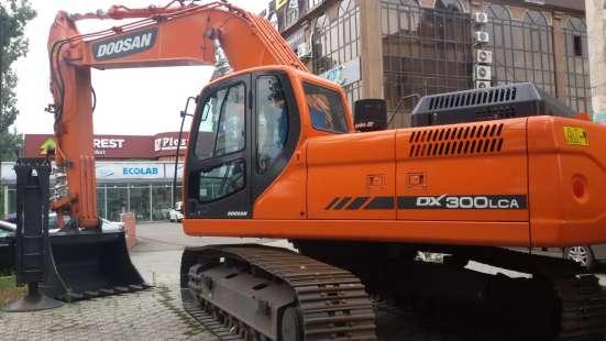 Экскаватор гусеничный Doosan DX300 LC новый в наличии!