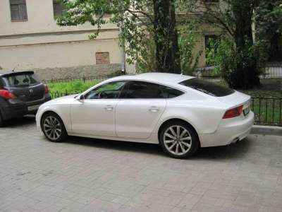 автомобиль Audi А7, цена 1 088 000 руб.,в Санкт-Петербурге Фото 2