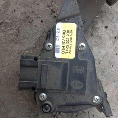 Электронная педаль газа для Ауди А6 2003 г