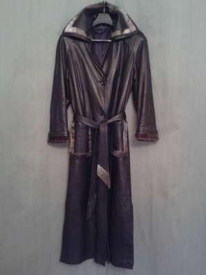 Кожаное чёрное классическое пальто с оторочкой из НЕРПЫ в Москве Фото 4