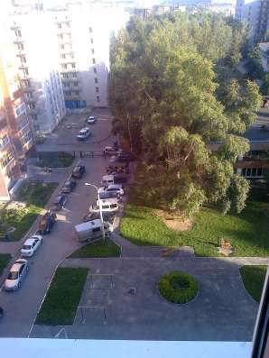 Продаю трехкомнатную квартиру С. Михайлова,1