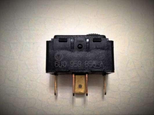 Кнопка электростекло-подъемника 6U0959855A VAG