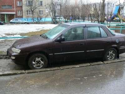 легковой автомобиль Kia cефия
