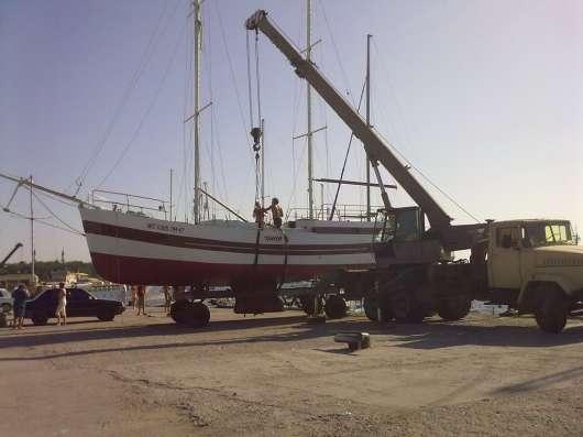 Продам парусно моторную яхту 12 метров. Крым