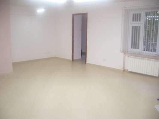 Офисные помещения в центре Еревана, улица Сарьяна,60 кв. м