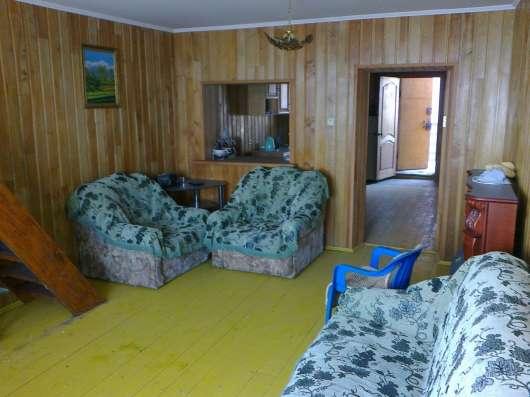 Дом (лодочный гараж)