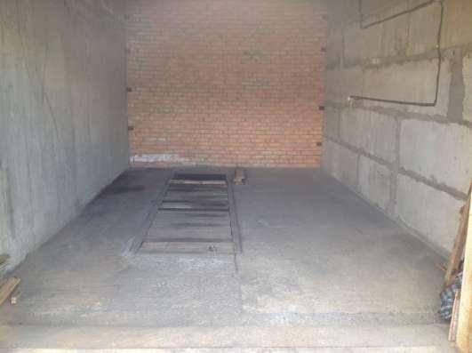 Продам охраняемый гараж в мкр. Солнечный