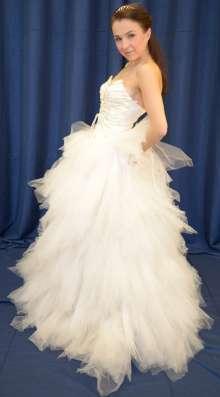 Озорное пышное свадебное платье в Москве Фото 3