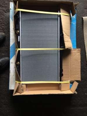 Радиатор охлаждения на Ниссан альмера/ примера(N16/P12) мкп