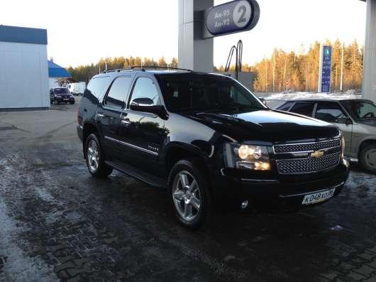 Продам автомобиль Шевроле ТАХО 2012 года выпуска Черный цвет