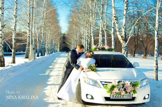 Свадебные украшения в Уфе, Кольца букеты для машин Фото 2