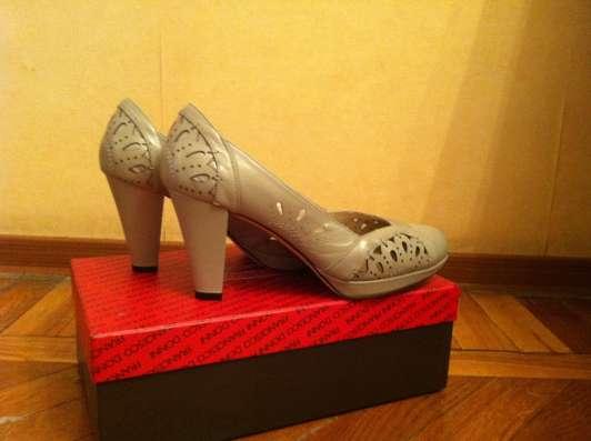 Продаю женские туфли в Санкт-Петербурге Фото 1