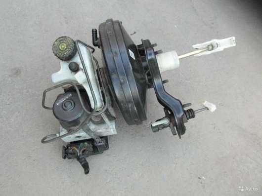 Вакуумный усилитель тормозов с блоком ABS+EDS