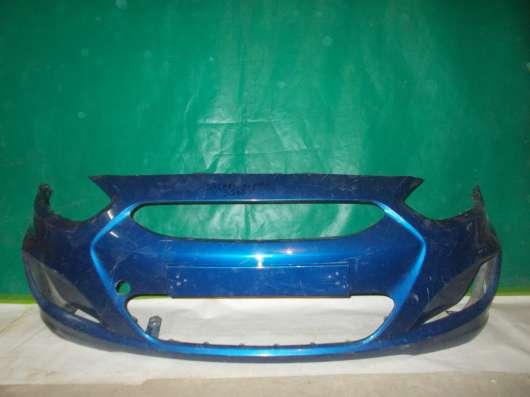 Передний бампер на Hyundai Solaris б/у